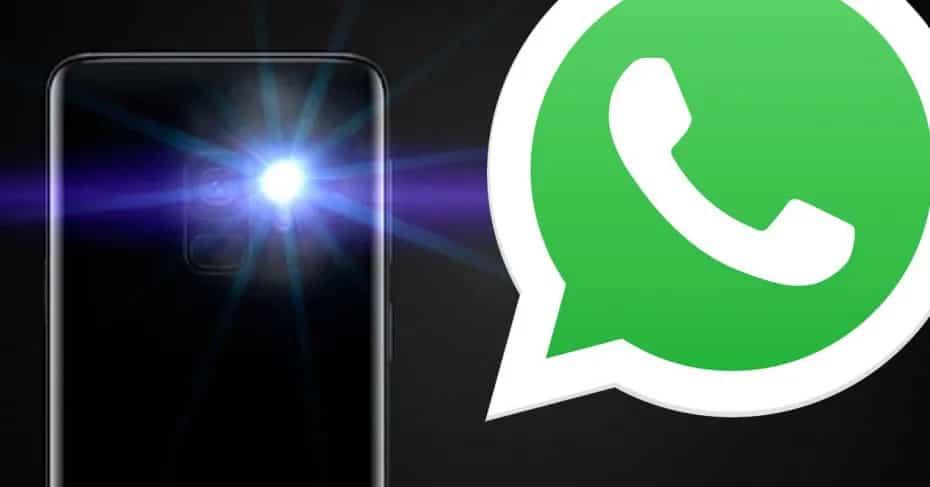 Como ativar os alertas de flash no WhatsApp