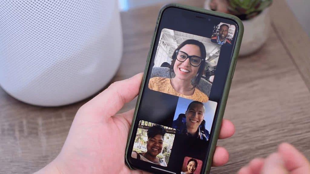 집에 계신 여러분을 위한 안드로이드 최고 화상 통화 앱 5가지 추천
