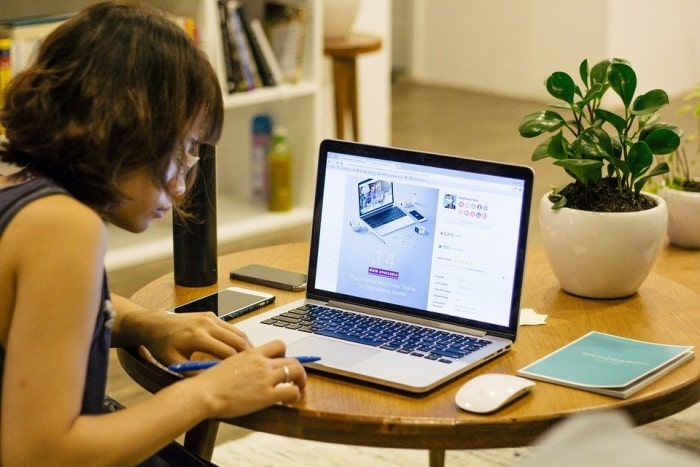 image-of-work-at-home-collaborate-apps