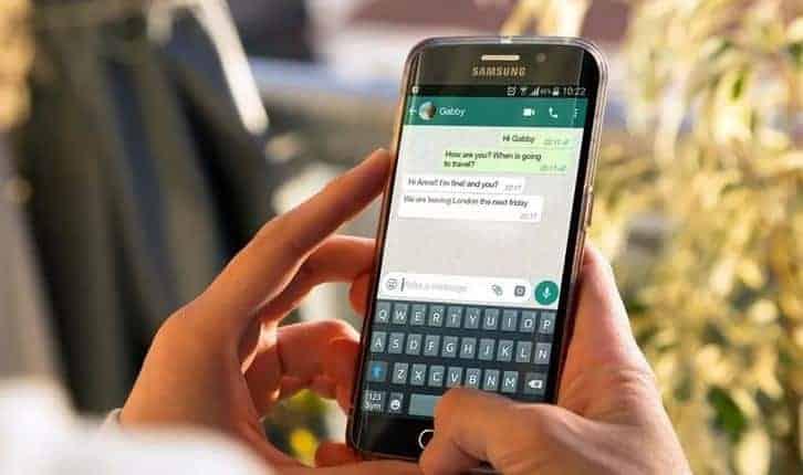 WhatsApp 채팅을 아카이브 하고 숨김 상태로 유지하는 방법