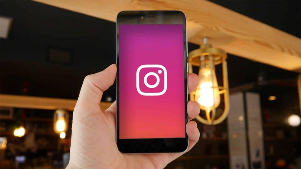 Jak zapisać Instagram Stories jako szkice