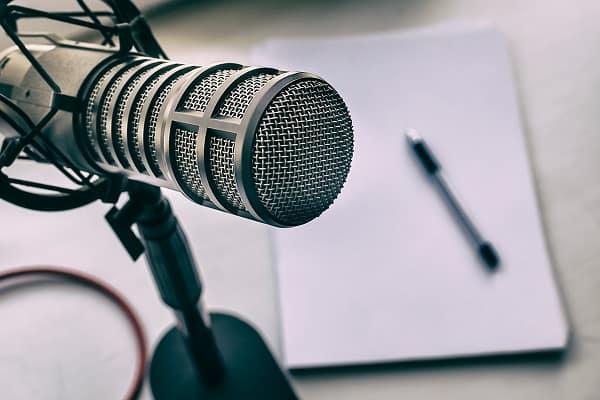 Cele mai bune aplicații podcast pentru Android pe care să le descarci