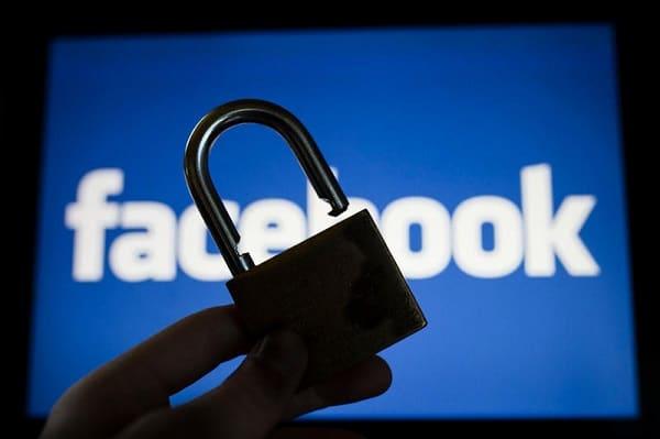 Cum primești alerte atunci când se loghează cineva cu userul tău pe Facebook