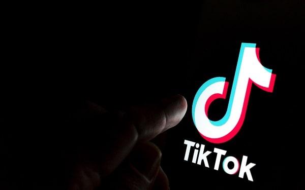 Analize, date și statistici TikTok: unde le găsești și ce poți afla din ele