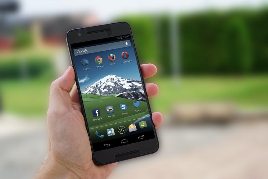Iamge 1 Hướng dẫn tháo gỡ các ứng dụng cài đặt sẵn bloatware trên thiết bị Android