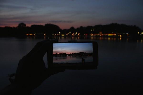 Zo kun je in de nacht foto's maken met je Android smartphone