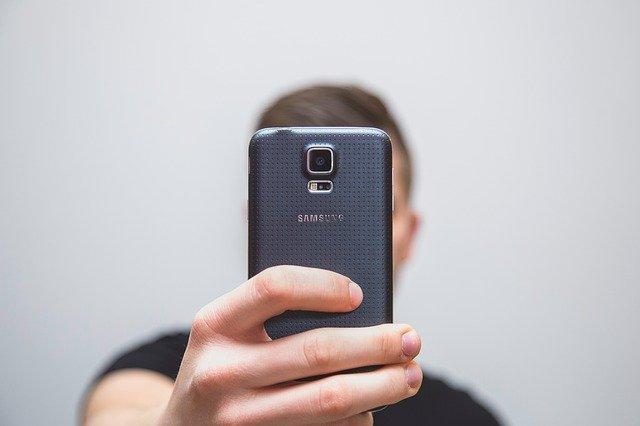 Οι Καλύτερες Εφαρμογές για να Τραβάτε Selfies στο Android σας