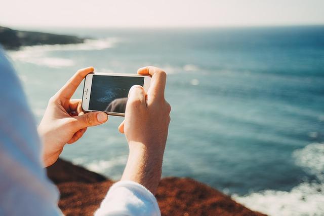 https://media-blog.cdnandroid.com/wp-content/uploads/sites/2/2018/07/11210733/C%C3%B3mo-controlar-el-brillo-de-la-pantalla-de-tu-dispositivo-Android.jpg