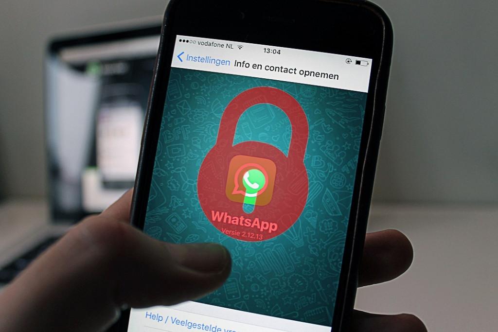 Header ¡Chatea en WhatsApp con contactos que te han bloqueado!