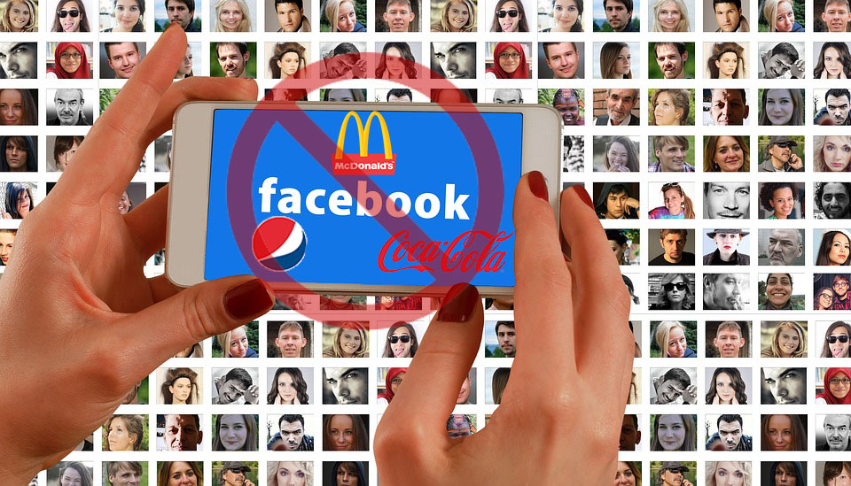 Header ¿Cómo cambiar los anuncios recibidos en Facebook?