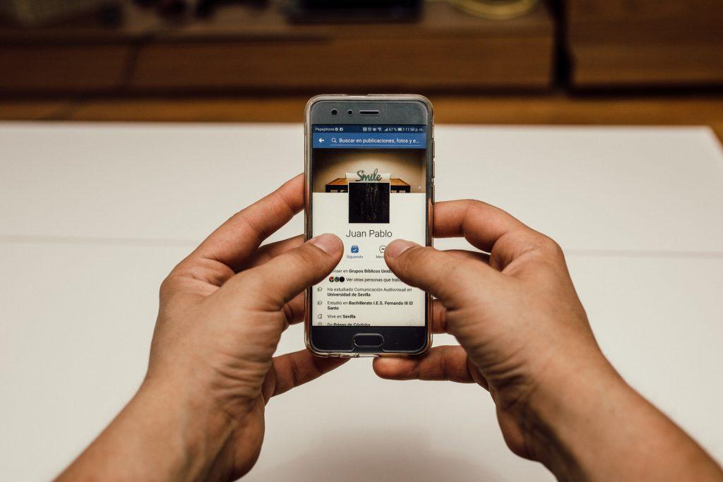 ¿Cómo descargar tus fotos de Facebook en Android?