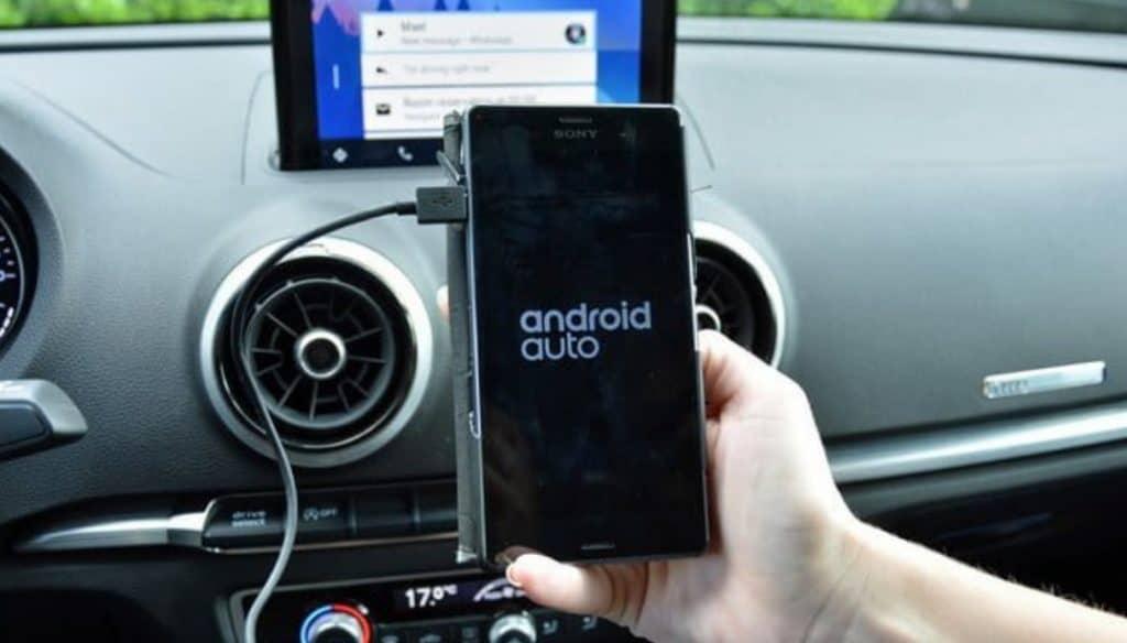 Las 5 mejores apps Android Auto para viajar en carretera sin aburrirse