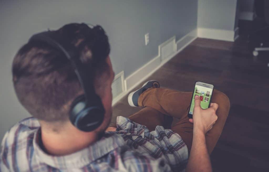 Las mejores apps Android para escuchar tus audiolibros desde el móvil