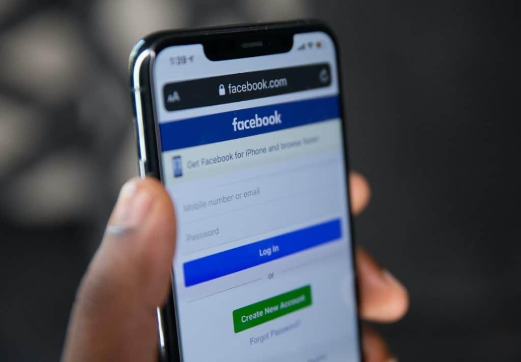 Cómo quitar la función predeterminada de SMS en Facebook Messenger