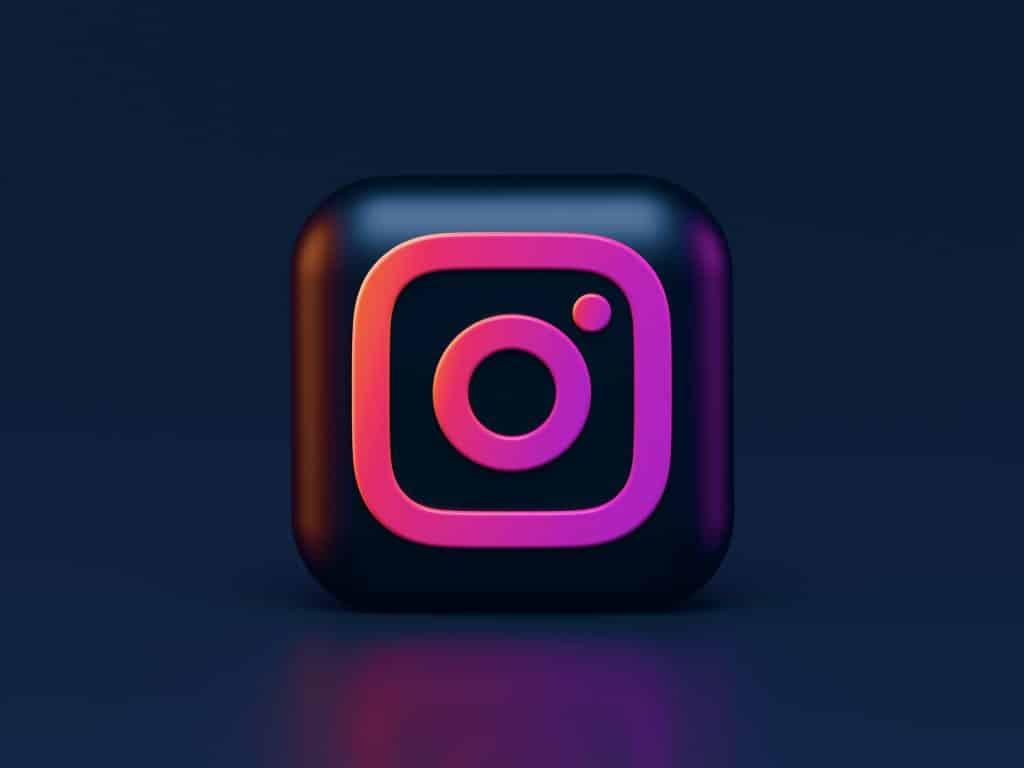 Cómo cambiar de color los mensajes del chat de Instagram