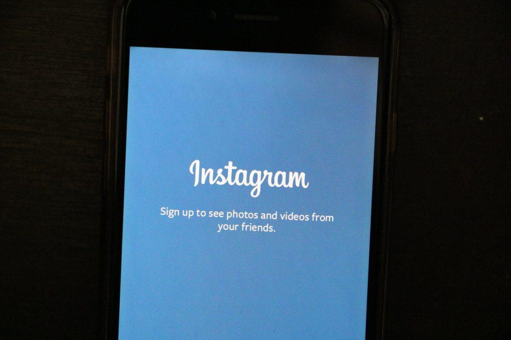 Cómo crear stickers animados para Instagram con tus selfies