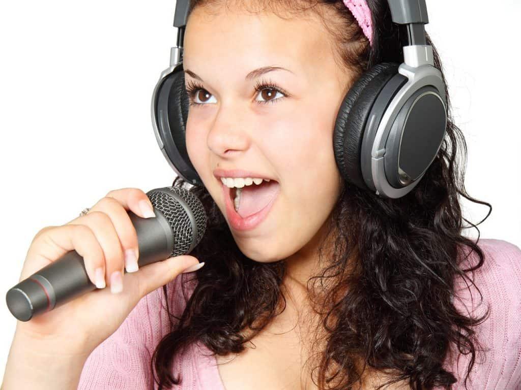 Cómo añadir efectos de voces y Auto-Tune a tus vídeos de Tik Tok