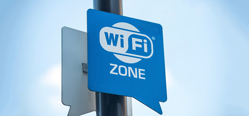 Stay Safe on your Android phone while Using Free Public Wi-Fi