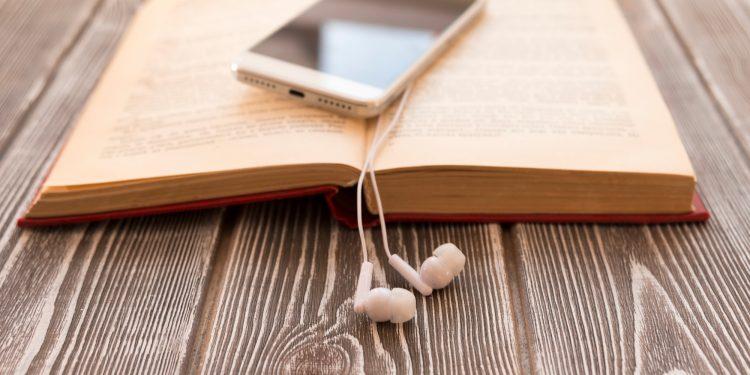 Aplikasi Buku Audio Terbaik yang bisa Digunakan di Android