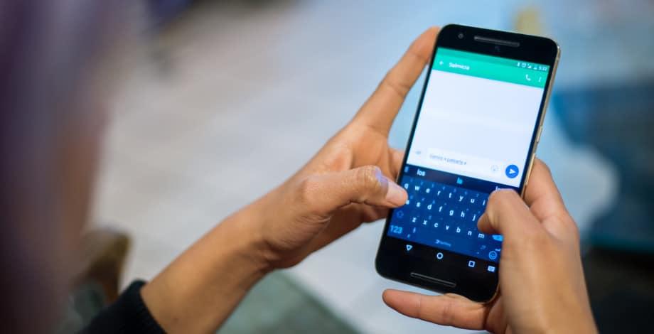 Cara Mengatur Aplikasi SMS Default di Android Anda