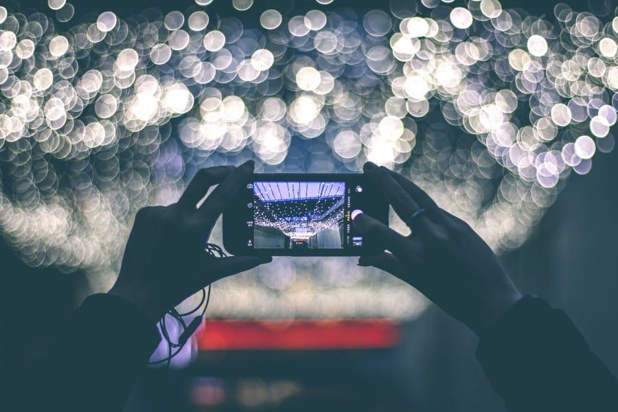 Aplikasi Terbaik untuk Menambahkan Efek Spesial di Foto