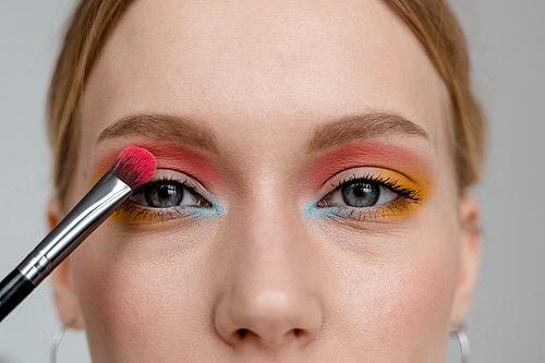 Les 5 meilleures applications de maquillage sur Android
