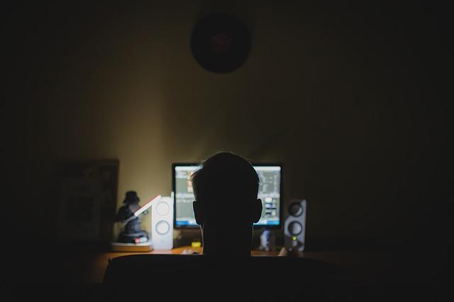 2018-06-25-whatsapp-hacker-attacke-schutz