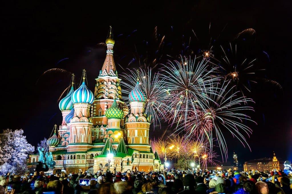 Картинка 2 С наступающим Новым Годом! Встречайте его, установив лучшие новогодние темы и обои на Android!
